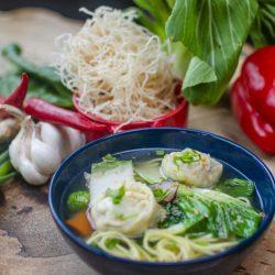 04. Cantonese Wonton Clear Soup Veg Ciorbe Constanta Supa Supe Asiatica